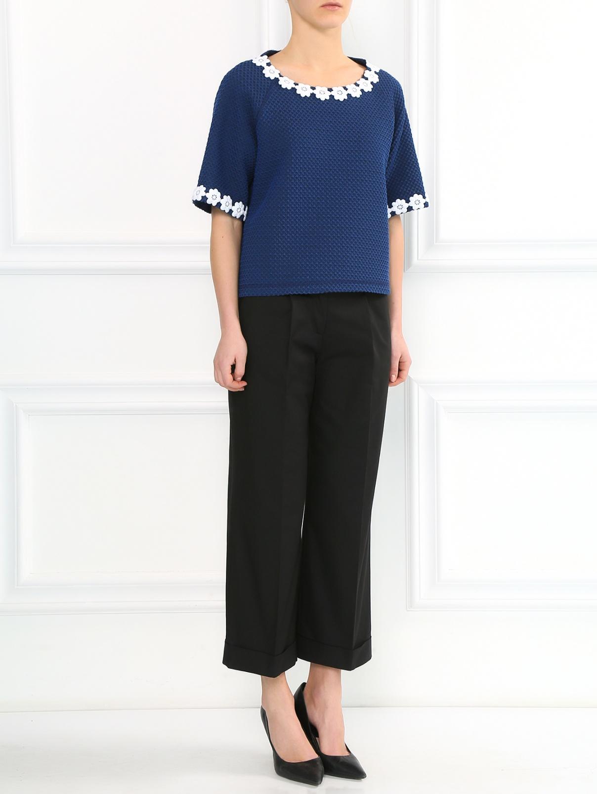Укороченные брюки прямого кроя Moschino Boutique  –  Модель Общий вид