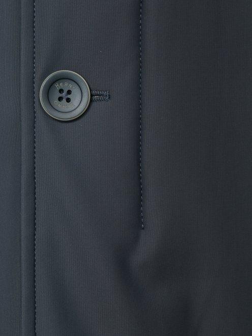 Плащ пуховый на молнии с боковыми карманами - Деталь1