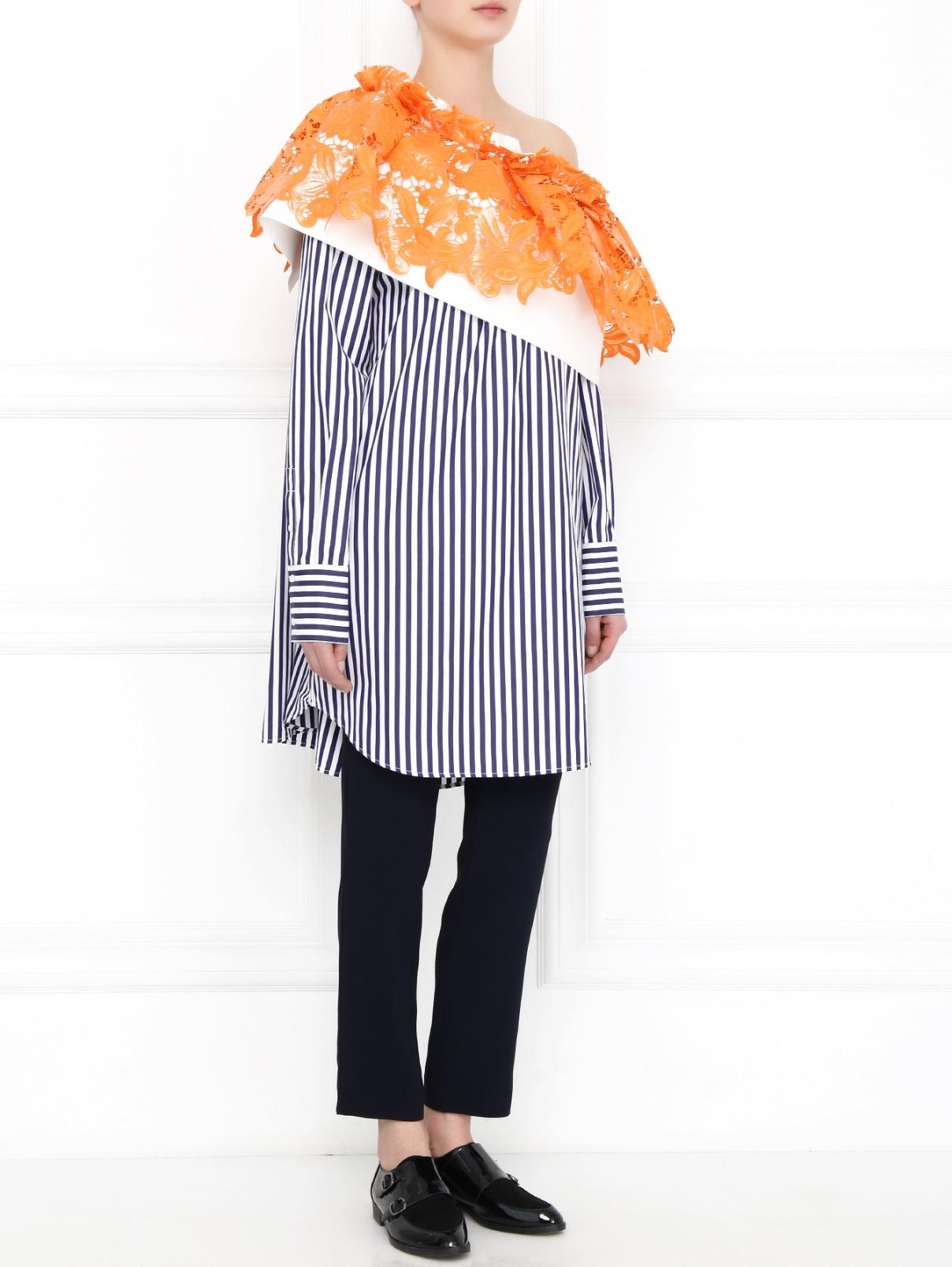 Платье-рубашка из хлопка с декоративной кружевной отделкой MSGM  –  Модель Общий вид