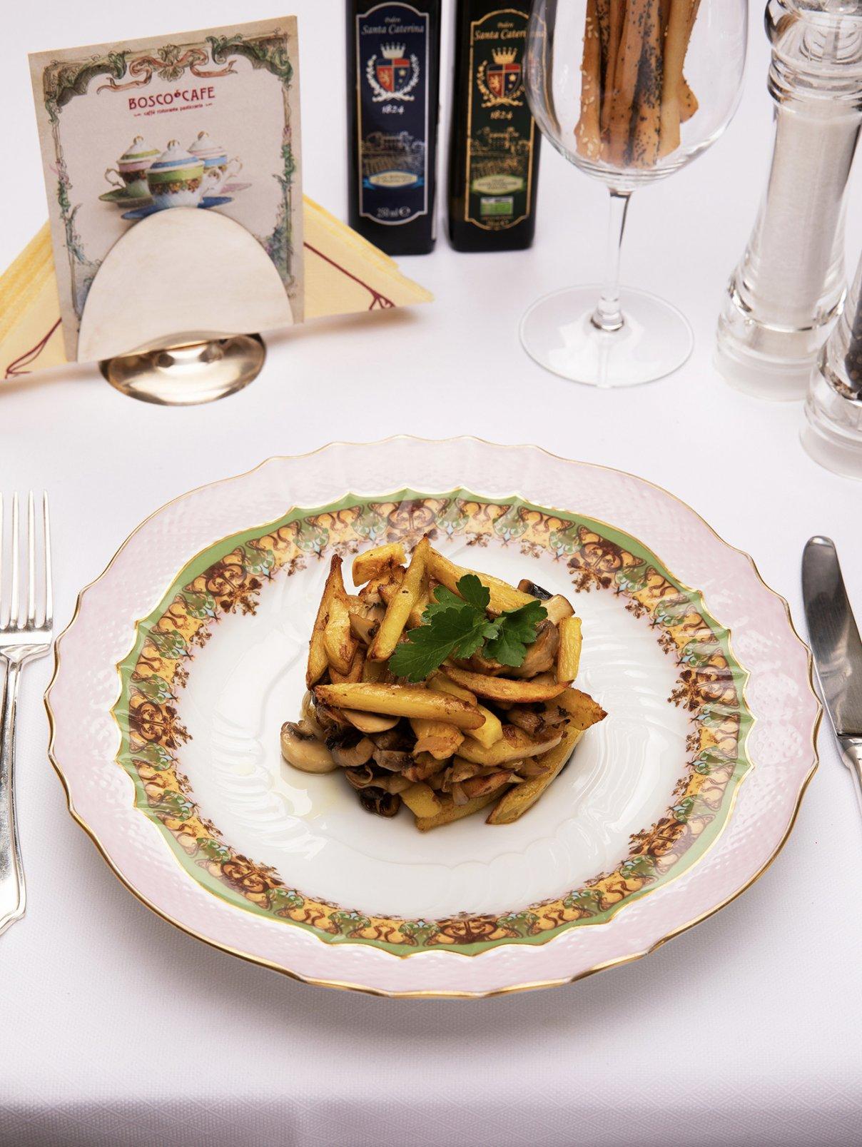 Картофель по-деревенски с грибами BoscoCafe  –  Общий вид