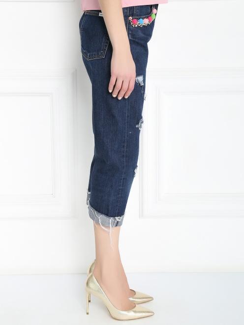 Укороченные джинсы с декоративной отделкой - МодельВерхНиз2
