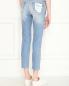 Укороченные джинсы из светлого денима 7 For All Mankind  –  МодельВерхНиз1
